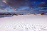 White sand-