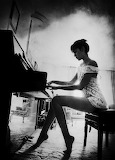 Piano white dress
