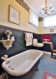 Master Bathroom (10 of 16)