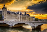 Paris-france-conciergerie-bridge-sunset-river-senna