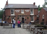 West Midlands, Dudley, Crooked House pub