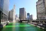 Chicago Illinois river goes green St. Patricks Day
