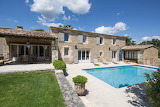 Luxury stone villa, garden and pool in Provence