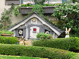^ Garden cottage in Carmel-by-the-Sea, California
