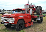 Ford F600 & tractor