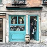 Shop Venice Italy