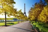 Fall Eiffel tower