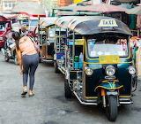 Tuk Tuk Taxi Warorot Market