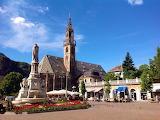 Bolzano square
