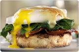 Eggs benedict bacon spinach muffin