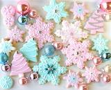 Pretty Snowflake Cookies @Glorious Treats