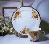 Antigua-taza-de-porcelana-bavaria-winterling-con-rosas