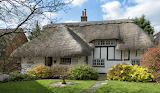 Homey Thatched Cottage