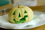 Dyed-Halloween-Pumpkin-960x643