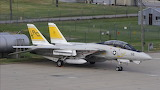 Retro VF-32 Swordsmen F-14B on the ramp at NAS Oceana 17-09-2005