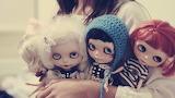 Girl dolls mood 53887 602x339