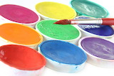 Kreativ Pinsel und Farbe