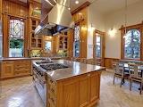 Kitchen (5 of 13)