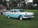 1957 Ford Fairlane 4 dr