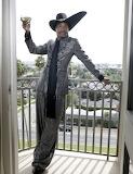 Balcony Billy