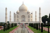 Taj-Mahal-in-daytime_Absolutely free photos