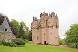 Craigievar-Castle-cloudy
