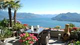 Italy-lake-sea-river-balcony-resort-mountain