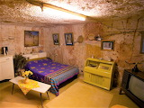 Underground city Australia bedroom