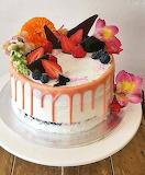 Drip cake @ My Little Panda Kitchen