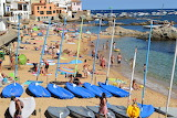 tourists to the beach, Costa de Mar, Spain