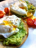 Perfectly-poached-eggs-on-avocado-toast