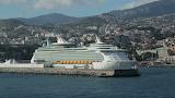 Cruise ship madiera island
