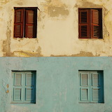Window in Curaçao by Myrthe Warmenhoven
