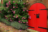 ☺♥ Pretty ancient entrance...