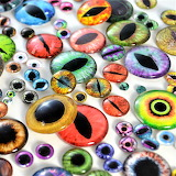 Glass eyes for toys