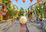 Woman photographer in Vietnam