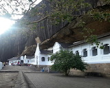 Temple of the golden buddhas, Dambulla