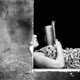 Rosario Leotta, Femme lisant