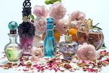 Hermosos frascos con perfume