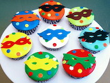 Masked cupcakes @ Rosas de Açúcar