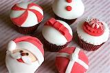 Christmas-present-cupcakes