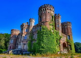 ☺♥ Castle...
