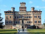 Castello Procaccini-Chignolo Po