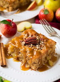 Warm apple cake