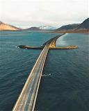 Rays of sun on Sword Bridge iceland
