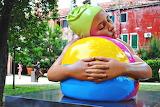 Venice-hyper-realistic sculpture-Carola-A-Feuerman