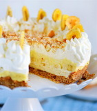 Banana cream pudding cheesecake