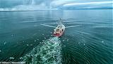 Shrimp Boat at work