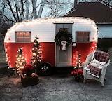 ^ Christmas Vintage Camper