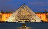 Pyramide du Louvre (1er)